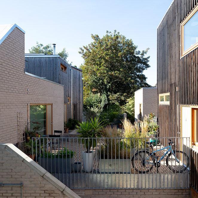 Copper Lane terrace - photo: Simon Henley